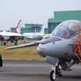T-4 VS F-16