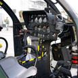 OH-6Dのコックピット