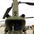 CH-47J輸送ヘリコプター