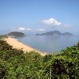 黒崎鼻からの鐘ノ岬と地島