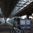 自転車も横付けできる駅