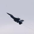F-16も機動飛行開始!!