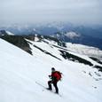 乗鞍大雪渓を滑る