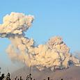 早朝爆発のきのこ雲