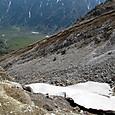 前堀沢に残る雪渓